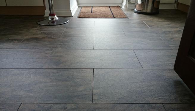 laminate-tile-effect-for-bathrooms