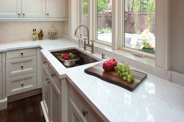 traditional-kitchen-countertop