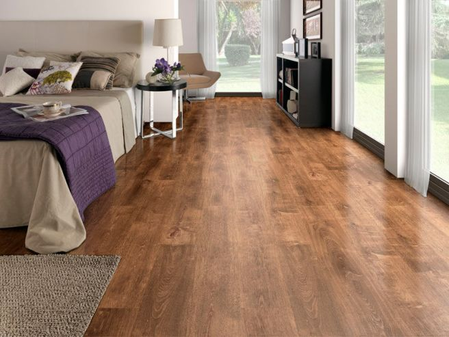 laminate-flooring-oak-and-flooring